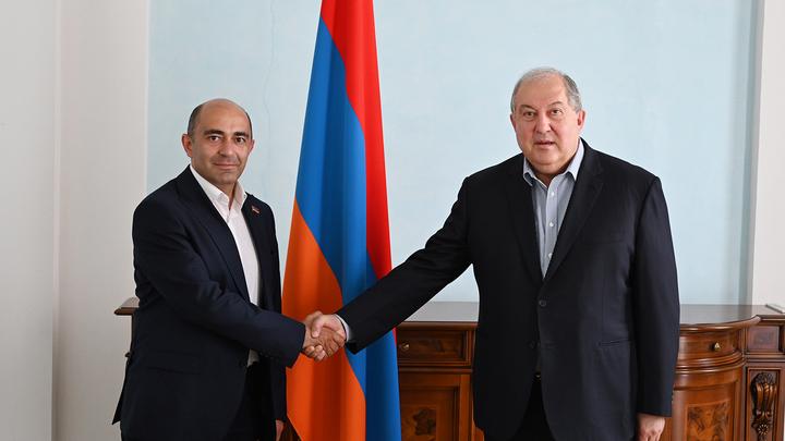 Президент Армении встретился с руководителями партий, входивших в парламент старого созыва
