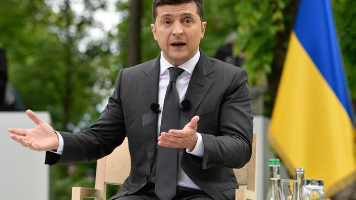 Там и объявит: Зеленскому предложили хитрый план встречи с Путиным в Крыму