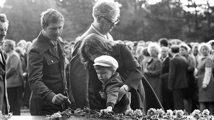 В одночасье стал знаменитым: Герой самой знаменитой открытки ко Дню Победы скончался в Славянске
