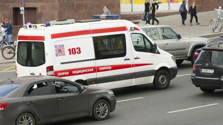 В Ижевске обрушилась стена дома. Онлайн-трансляция