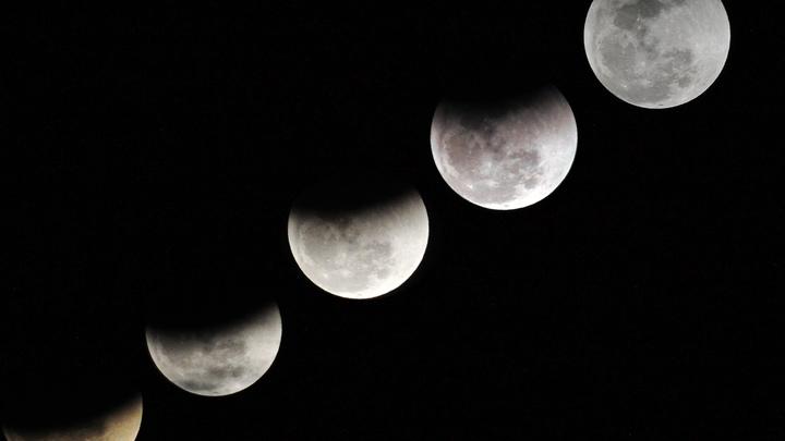 Россия будет осваивать лунную орбиту без американцев — Рогозин