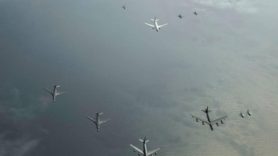 СМИ назвали подозрительной активность авиации США в небе над Сирией