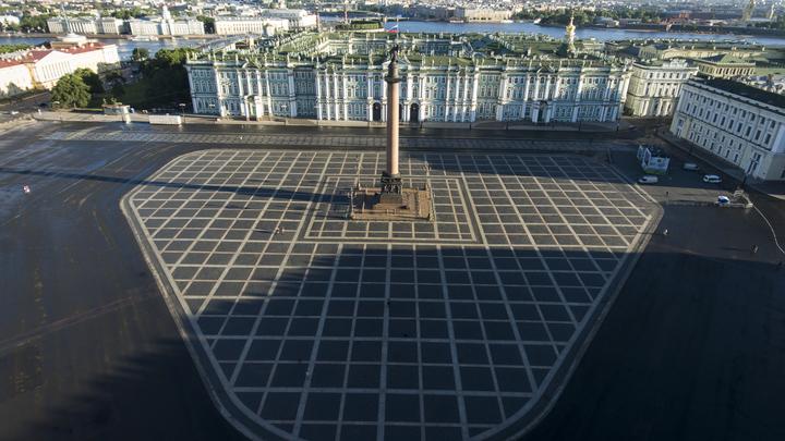 В Санкт-Петербурге будут водить виртуальные экскурсии по залам Эрмитажа
