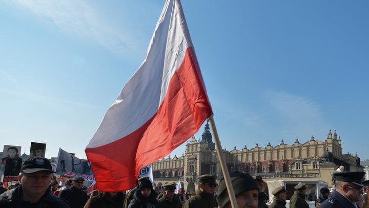 Польша хочет дружить с Россией, угрожая военной мощью НАТО