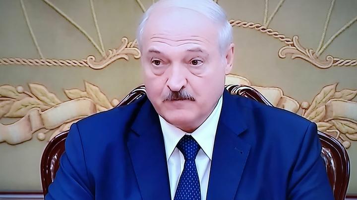 Обиделись на угрозы закрыть транзит? Страны Прибалтики вводят санкции против Лукашенко - Reuters
