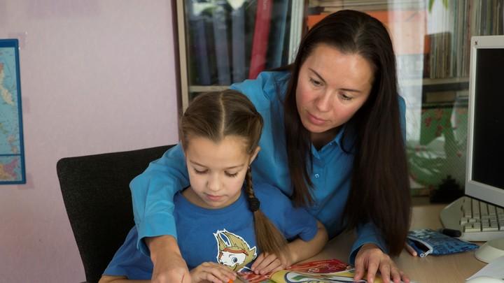 В Челябинске учителя просят перейти на дистант в осенние каникулы