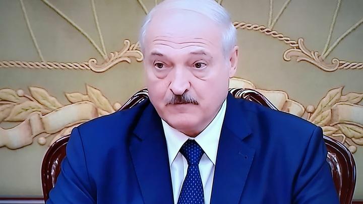 Дружба с Помпео оказалась фейковой: Лукашенко сдался на милость Путина - политолог