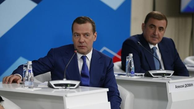 Кабмин пообещал выделить регионам 20 млрд рублей на повышение МРОТ