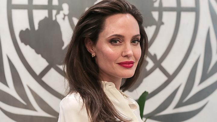 Анджелина Джоли и другие: Из шоу-бизнеса - в политику