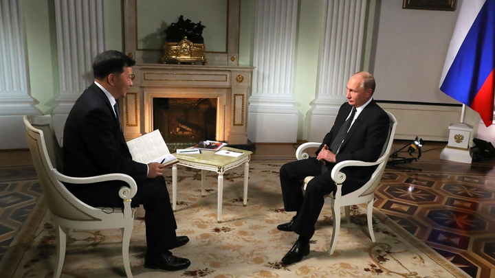 Два интервью Путина: Австрийский допрос против китайской беседы