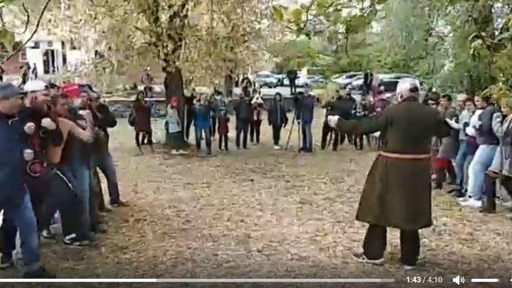 Челябинцы в парке на Алом поле бились стенка на стенку — видео