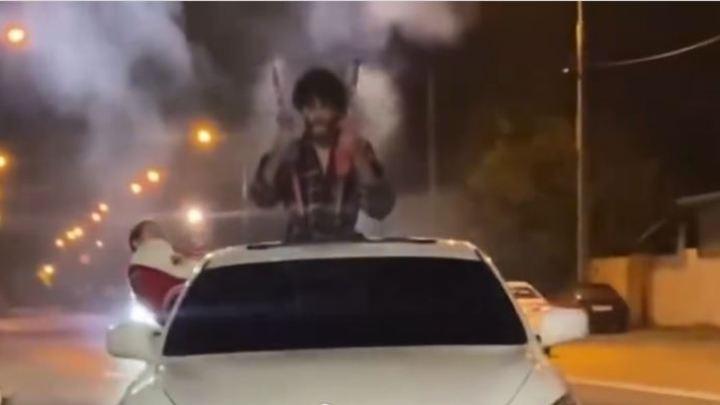 В Краснодаре оштрафовали водителя иномарки, из которой запускали петарды