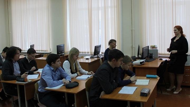 Ростовская область не будет перенимать опыт москвичей по тестированию на COVID в школах