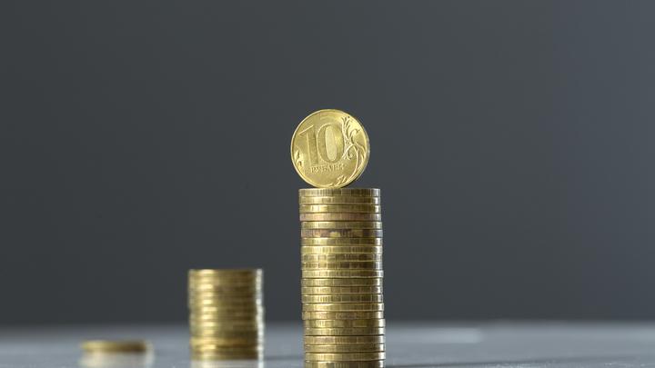 Каждый второй - с непогашенным кредитом, но многие стали отказываться от денежных ловушек