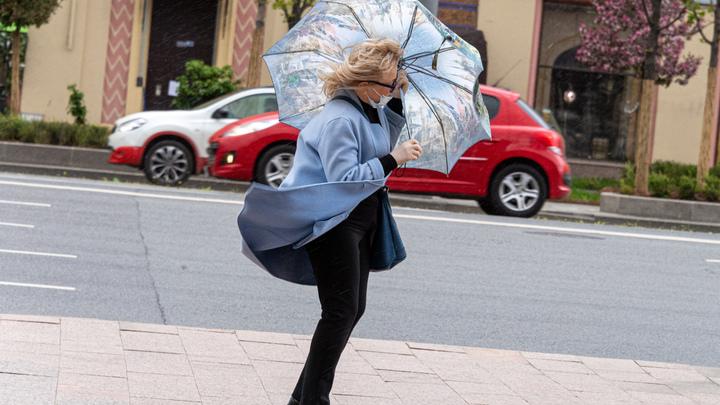В МЧС пообещали свердловчанам сильный ветер на выходных