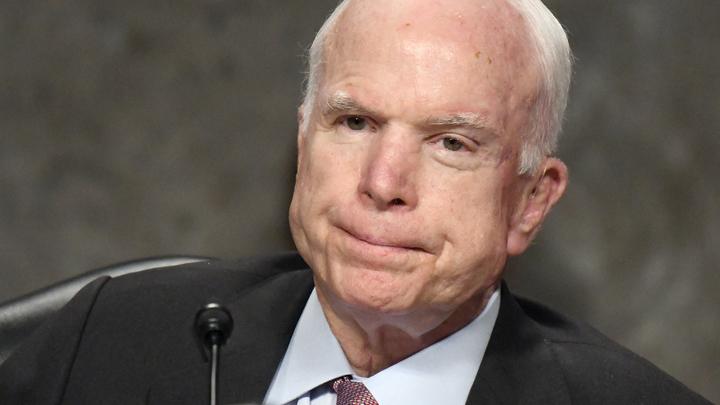 Сенатор Маккейн попрощался с американцами перед смертью