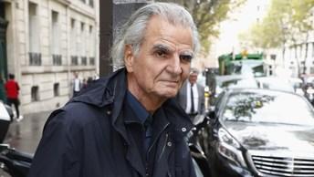 74-летнего фотографа фотомодели обвиняют в домогательствах