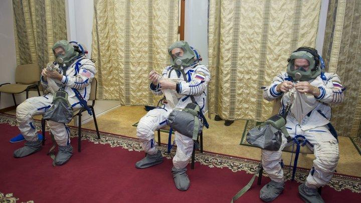 Космонавтам нельзя толстеть? Командир Союза МС-16 рассказал, чем это может обернуться