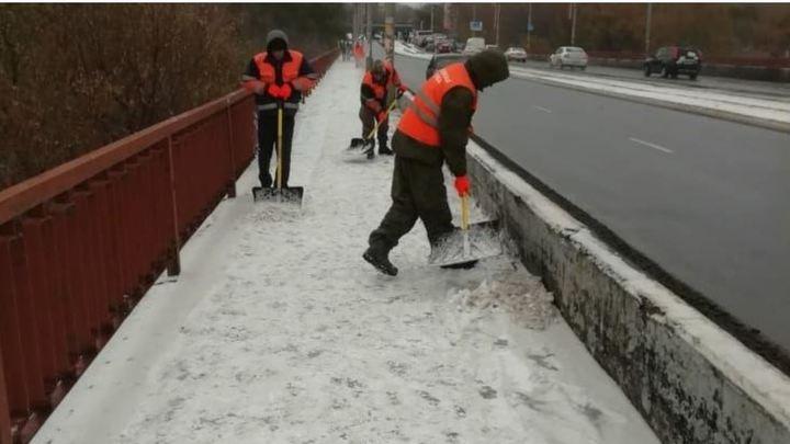 Шквалисты ветер с мокрым снегом надвигается на Южный Урал