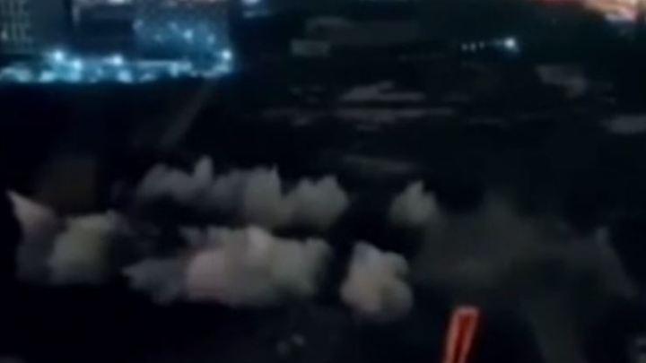 Видео: рухнувшая труба бывшей котельной устроила мини-землетрясение в Санкт-Петербурге