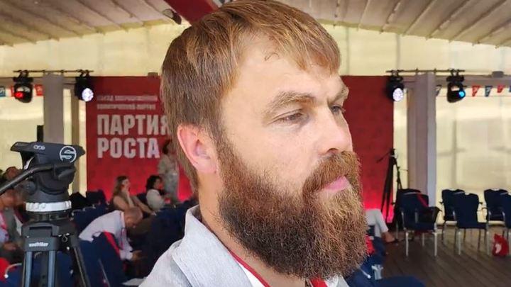 Кандидат от Партии Роста рассказал о карельской нефти и ответил на русские вопросы