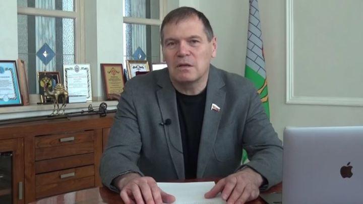 Помешали черные чернила: челябинский депутат Госдумы Барышев снялся с выборов