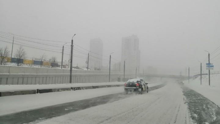 В Челябинской области женщина в буран ехала домой на такси и замерзла насмерть