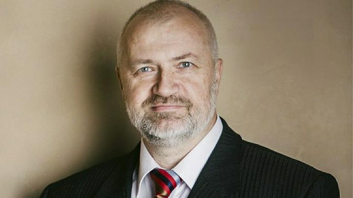 Депутата петербургского ЗакСа Михаила Амосова положили в больницу