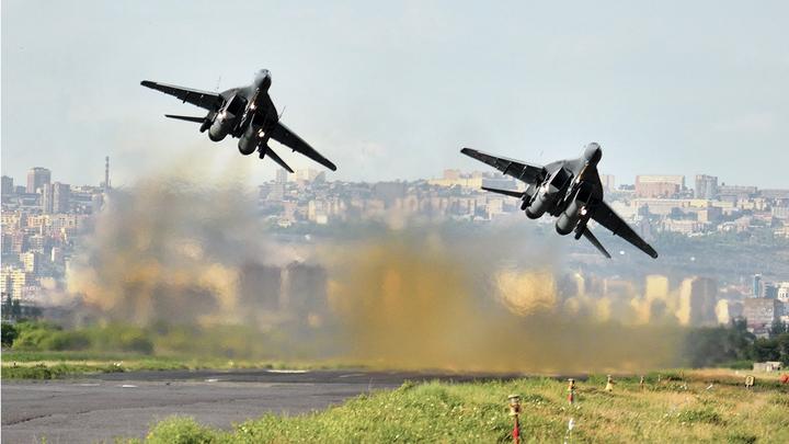Российские МиГ-29 заслали братья-белорусы? Озвучена версия о загадочных истребителях в Ливии