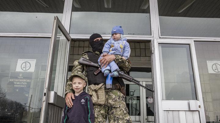 Донбасские дети научились видеть смерть: Если свистит, уже не парься