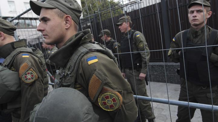 «О Венской конвенции слышали?»: Россия потребовала расследования атаки на главу Россотрудничества в Киеве