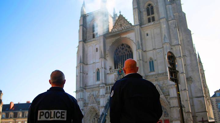 Апокалиптическая картинка: Отец Андрей Ткачёв о пугающей сути пожаров в готических соборах