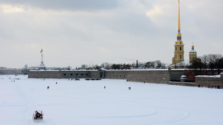 В Санкт-Петербурге в память Александра Невского проведут лазерное шоу