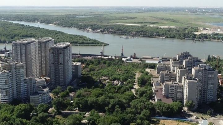 Всё уже решено: Мэрия Ростова пригласила горожан публично обсудить застройку Театрального спуска