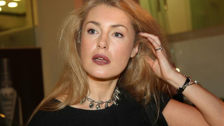 Правду никто не любит: Мария Шукшина показала человеческие трагедии на фоне абсурда