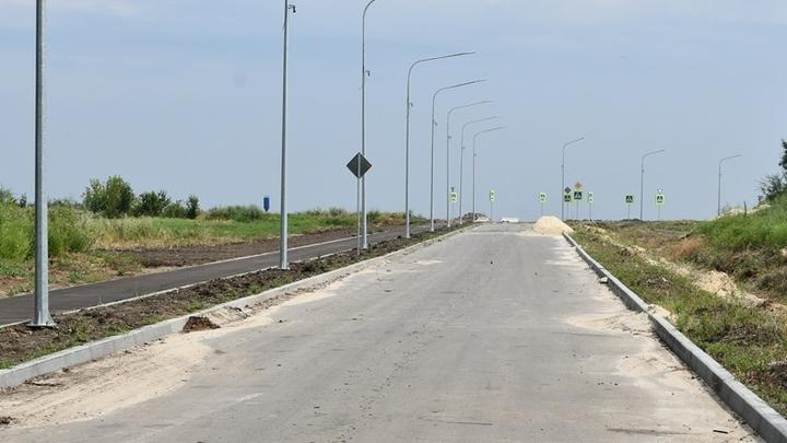 Выезд из Аксая к федеральной трассе М-4: работы завершат к концу сентября