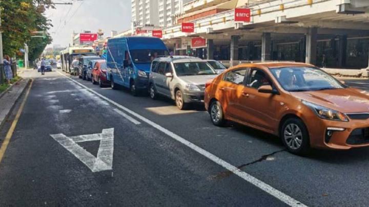 Троллейбус спровоцировал массовое ДТП в Минске