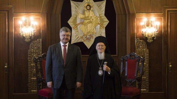 «Порошенко не доверяет Варфоломею»: в Московском Патриархате прокомментировали соглашение между Украиной и Константинополем