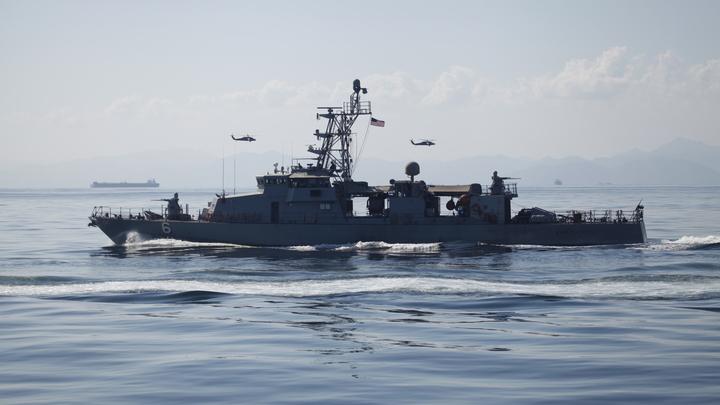 Какой-то фантаст из Голливуда: Сценарий войны США и России на море оценил российский вице-адмирал