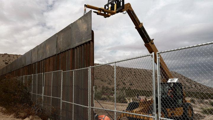 Трамп все-таки построит Стену на границе с Мексикой