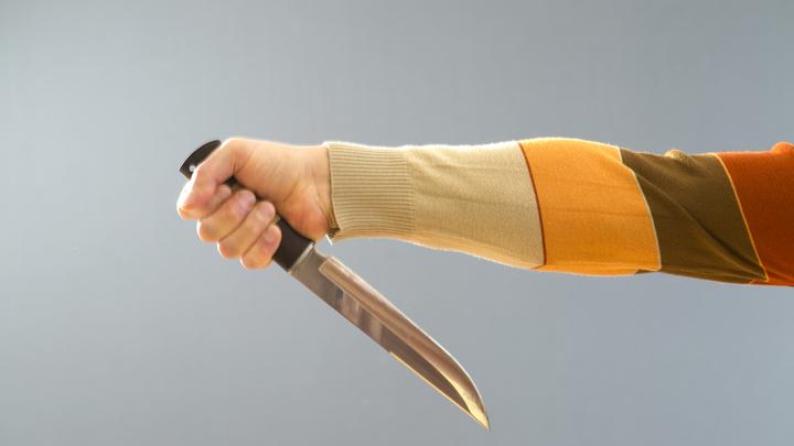 В Гулькевичском районе мужчина зарезал сына и спрятал нож
