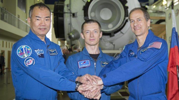 Летают полгода и происходит такая вспышка: Космонавтов на МКС сравнили с ликвидаторами аварий на АЭС