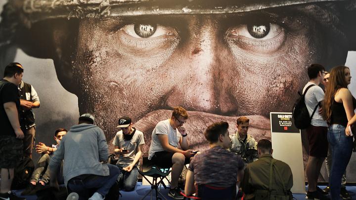 В Call of Duty Белые каски будут спасать людей от плохих русских. Игра сделана по фильму, признанному фейком даже в Лондоне