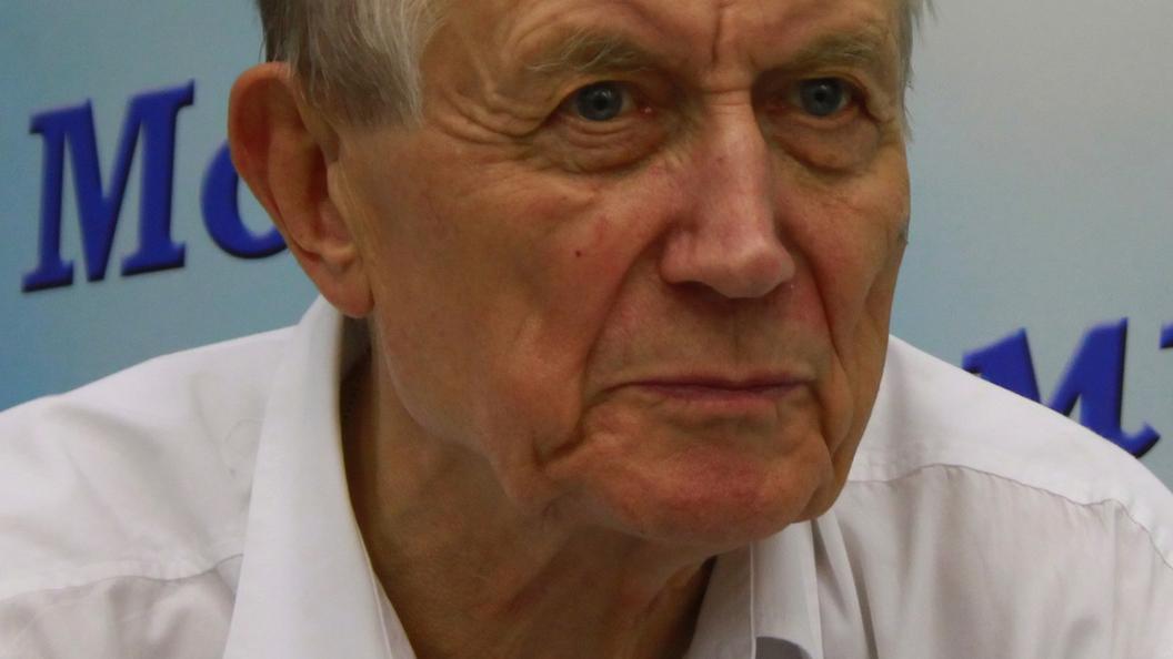 Евгений Евтушенко умер в США