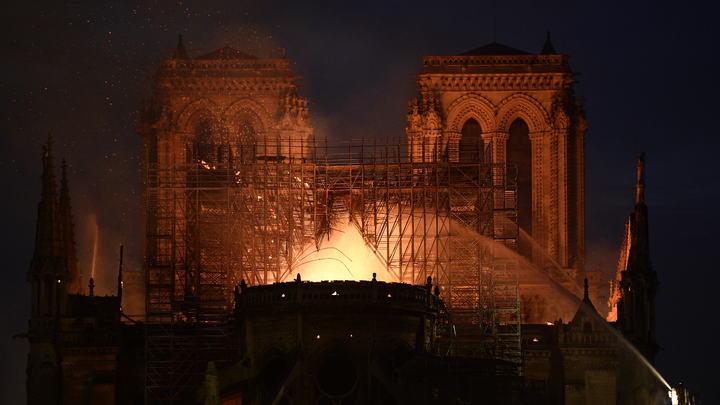 Франция скорбит об утраченном символе: Список разрушительных пожаров мира