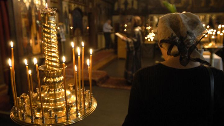 В Греции и Черногориии власти устроили охоту на священников под прикрытием коронавируса