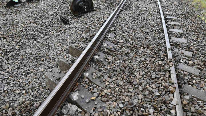 В результате крушения поезда в Барселоне пострадали почти 50 человек