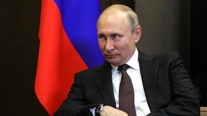 Путин отдал личные деньги на создание главной иконы для храма ВС - Песков