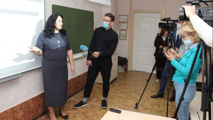 Упростить отчётность новосибирским учителям поможет Электронная школа