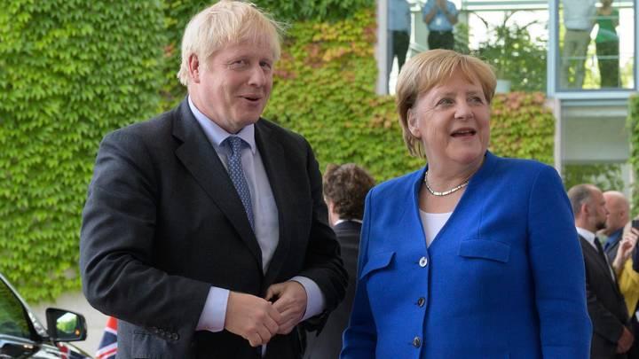Джонсон увидел в деле Скрипалей препятствие к возвращению России в G8